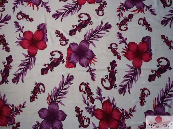 "Lunghi   Sarong ""Geckos & Flowers"" purple"