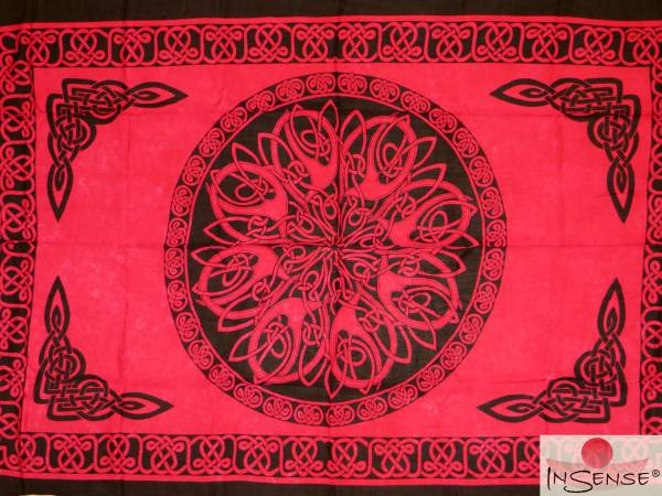 "Lunghi / Sarong ""Celtic Ornament Red"""