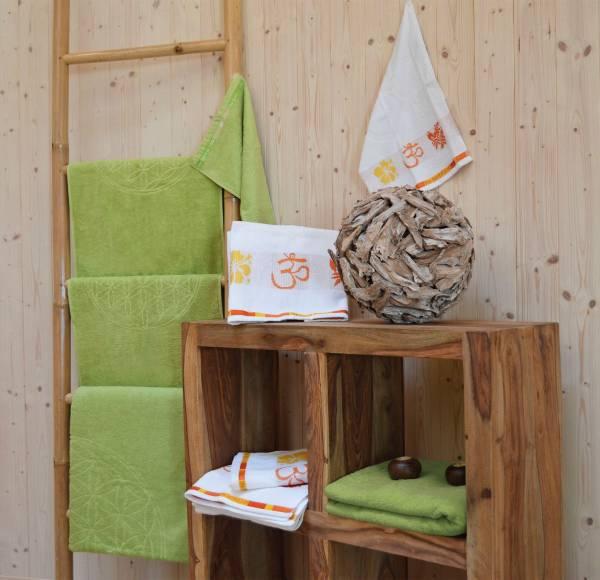 Spirit of OM - Liegetuch bambus-grün - Massageunterlage