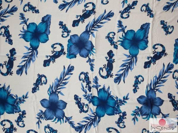 "Lunghi | Sarong ""Geckos & Flowers"" blue"