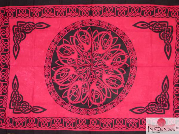 "Lunghi | Sarong ""Celtic Ornament Dark Pink"""